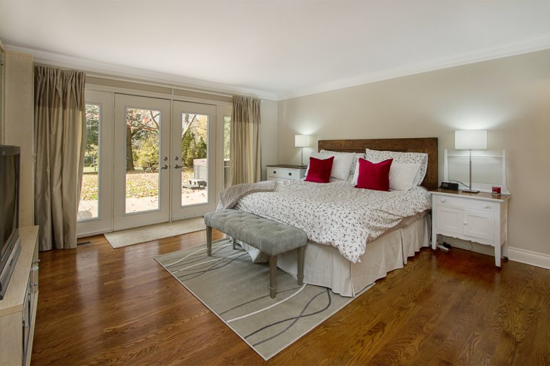 Sample master bedroom image by Paula Kennedy of Purple Door Creative