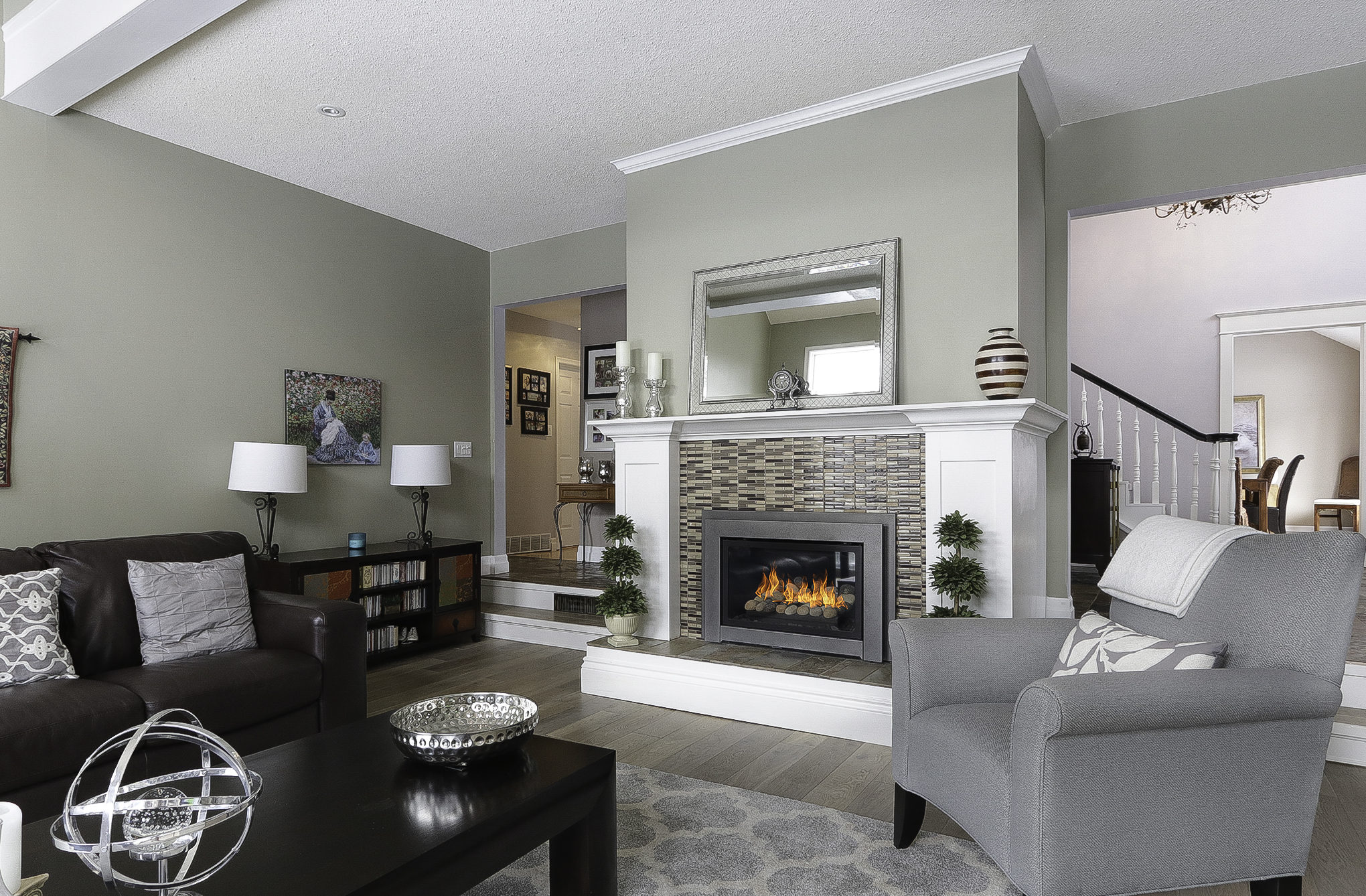 A photo of a living room with fireplace